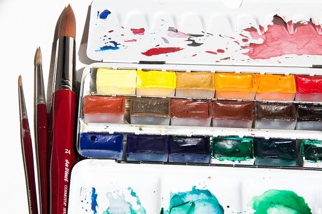watercolor-box-174551_640_mini